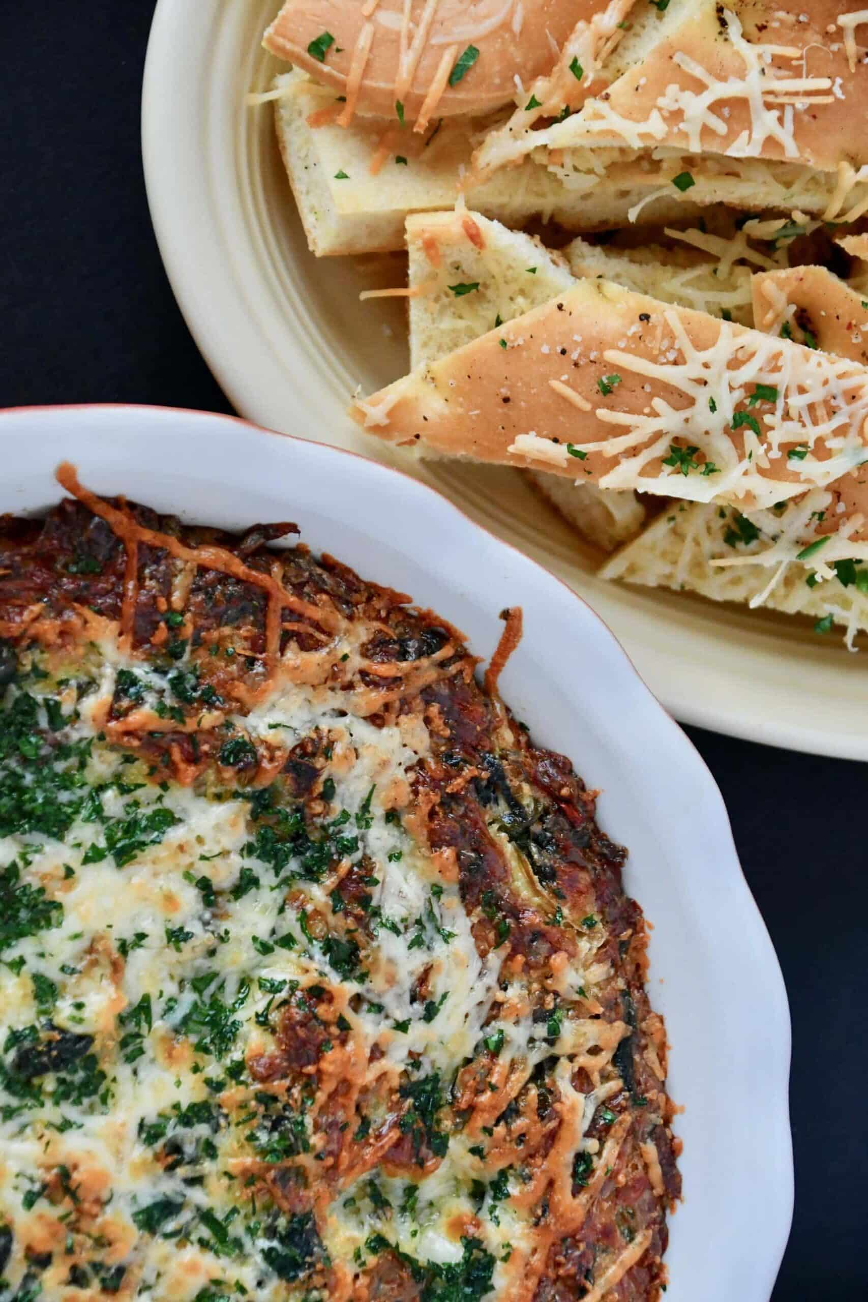 Baked Spinach And Artichoke Dip With Garlic Toast The Perfect Party Take Along Kendellkreations