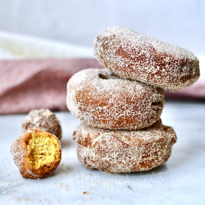 Pumpkin Spiced Cake Donuts