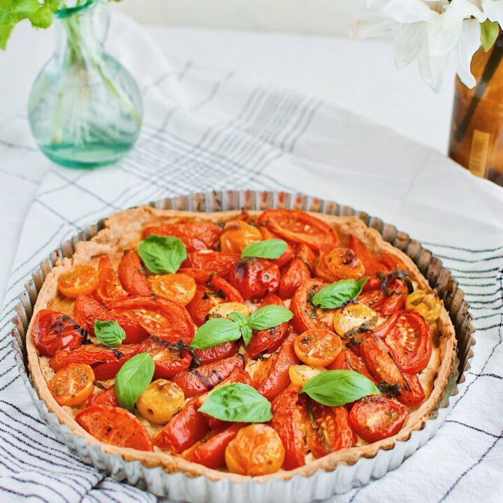 Roasted Tomato Tart with Parmesan Pie Crust