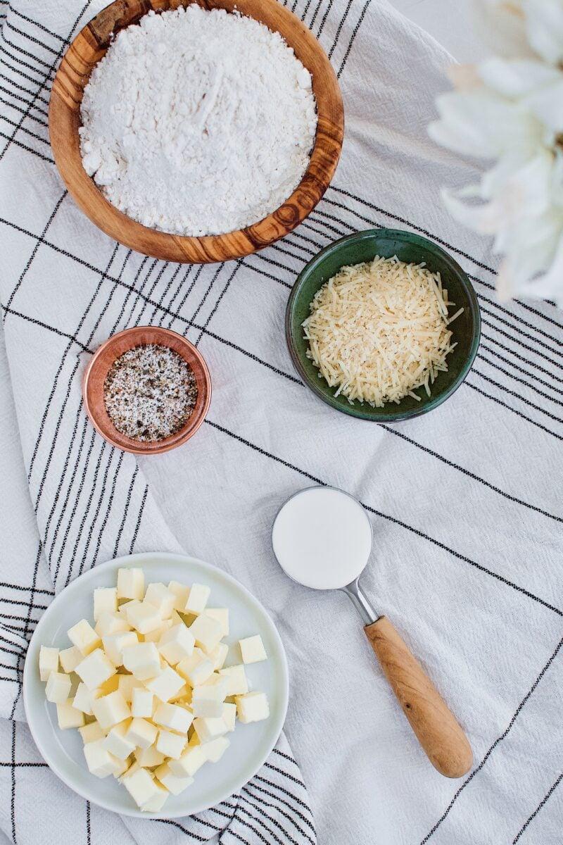 Parmesan Pie Crust ingredients